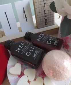 Πακέτο δώρου με αφρόλουτρο και γαλάκτωμα σώματος 100ml με άρωμα neroli και bath bomb rose