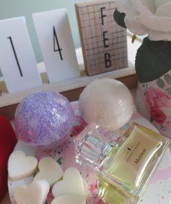 Πακέτο δώρου με άρωμα Morison και 2 bath bombs