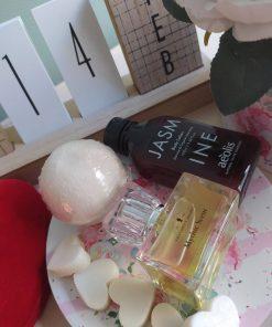 Πακέτο δώρου με άρωμα MYTHIC SCENT, γαλάκτωμα σώματος 100ml με άρωμα JASMINE και bath bomb SANDALWOOD-VANILLA